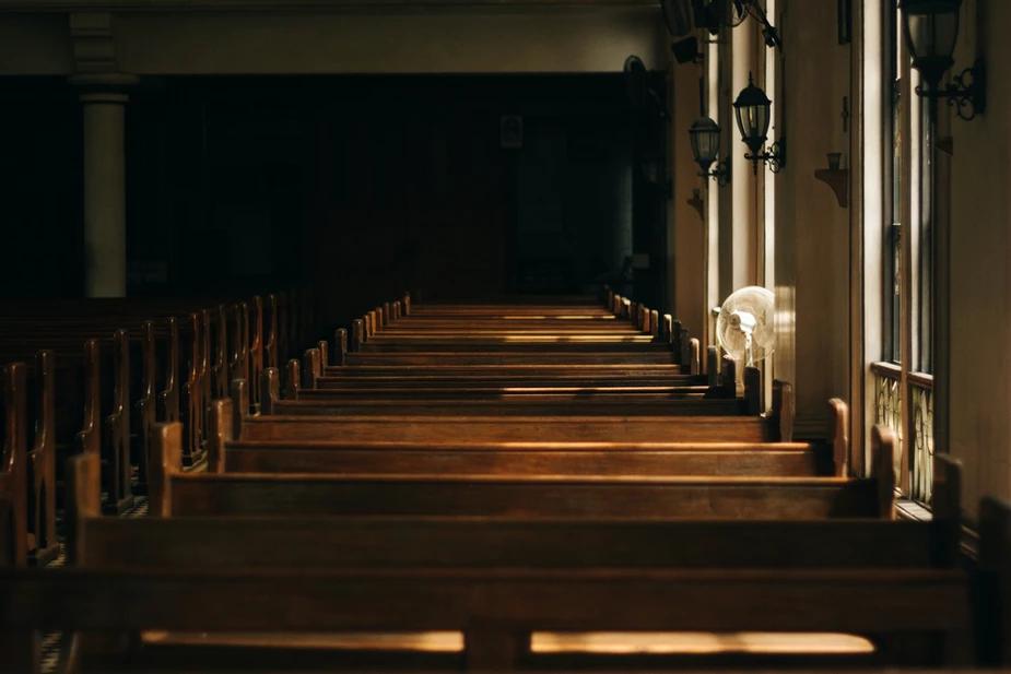 Ómnibus: La iglesia después de la COVID – tres duras realidades que la iglesia debe enfrentar